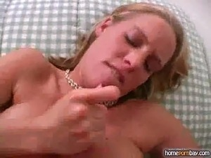 Handjob from busty amateur slut in hot amateur porn 2