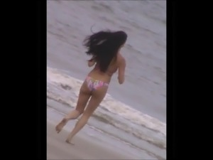 voyeur jiggly running beach ass slow motion 76