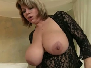 Curvaceous mom with juicy jugs is fucking passionately in dirty porn video