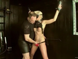BDSM fun with the sexy blonde Scarlet Young