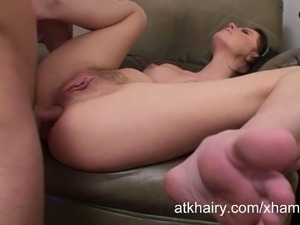 Pregnant and hairy girl Kelly Klass enjoys anal sex