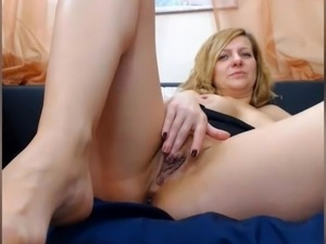 MILF with nice feet in face ASS PLAY NO SOUND