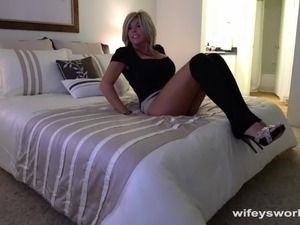 Fucking My MILF Neighbor While Wifey Is Away
