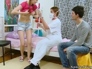 Gyno doctor spectates petite babe Katia getting eaten by her BF