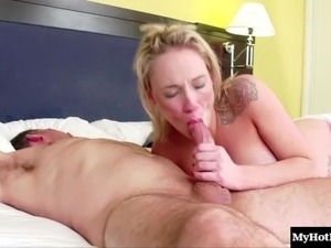 Rilie Waters is a super horny girl, and shes pregnant