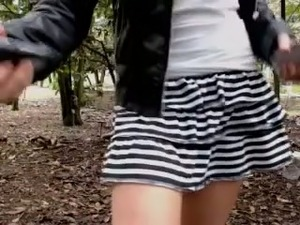 Amateur webcam lusty raven haired chick masturbated outdoors