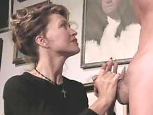 Delicious Vintage MILF Zina Dean Gets Anal Fucked and Covered In Jizz