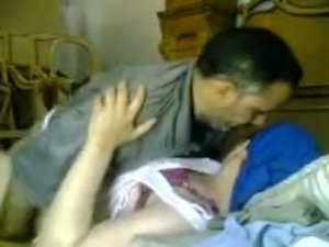 Mature Arab couple fucking missionary style in home sex vid. Stolen vid