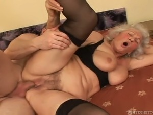 82 years old bitch Marinoka asked young stud to please her hairy pussy in a...