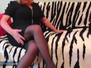 EuropeMaturE Busty Blonde Alisha Solo Play