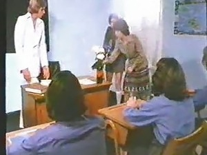 Schoolgirl Sex - John Lindsay Movie 1970s - re-upped with audio - BSD