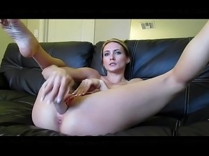 Beautiful Blonde masturbate with passion on - SlutCamxx.com