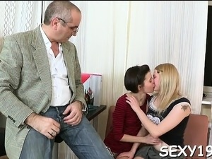 Old teacher is enjoyable sweet babe's twat