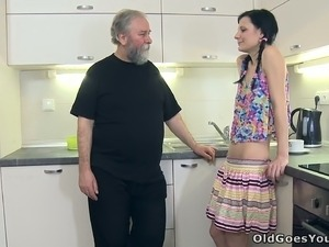 Sexy guy leaved his GF and horny grandpa alone on the kitchen to let them...