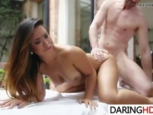 Sexy massage for Hannah Shaw