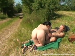 Sexy street hooker fucking an old man outdoors