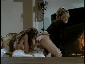 After wedding Chasey Lain enjoys her lesbian babe licking