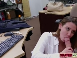 Blondie Milf sucks dick for a ticket to her destination