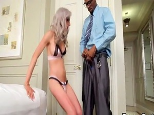 Black dude nailed skinny shemale ass