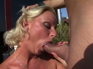 Big tits milfs Silvia is back