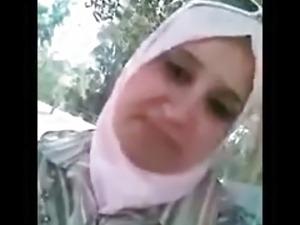 arab hijab woman outdoor