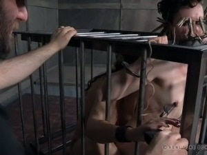 Horny master restricts his slave's movements and then clips pegs to her face