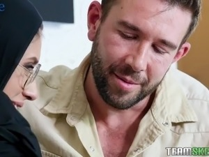 Nerdy hijab nympho Angel Del Rey gets analfucked from behind hard