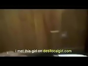 desi girlfriend ko jabardasti kiss liya part 2