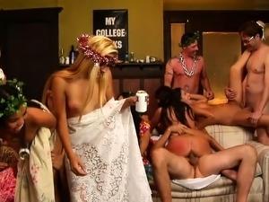 Brunette amateur slut fucking hardcore and taking facial