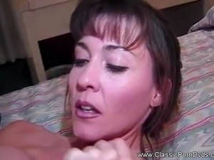 Classic MILF Knows How To Fuck