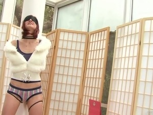 Gorgeous Kelly Steele Deepthroats A Guy's Big Cock