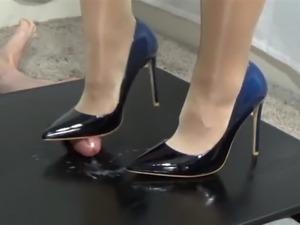 Footjob with High-Heels.854
