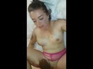 Snowbunny  talk dirty & gets cum in mouth.