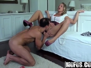 Vanda - Dressed Up for Sucking Dick - Mofos World Wide