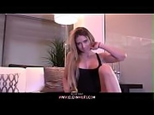 Crazy milfy rides her self hard and mesy