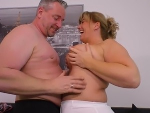 Chubby big breasted mature lady gets fucked doggy style hard enough