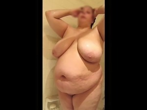 Thick BBW Shower Time
