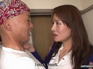 Hairy pussy of Japanese MILF Rei Kitajima is hammered doggy well