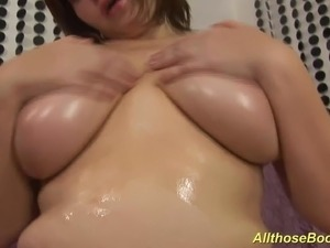 Horny czech big natural breast bbw milf playing with her oiled monster juggs