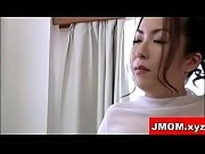 Japanese mother por Creampie Shoot Inside
