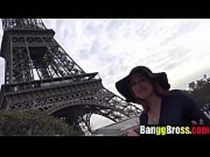 Francais sucer la bite turist en voiture Part 1