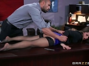 Perverted boss seduces young secretary and gives her tongue job