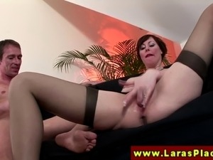Euro mature in stockings gets rimjob