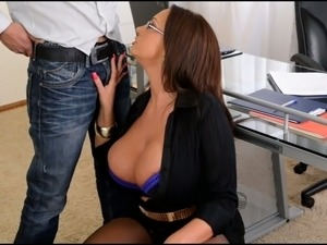 Nedry busty boss provides her horny worker with a stout blowjob in office